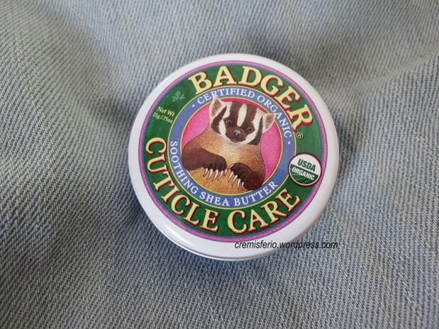 BADGER COMPANY Cuticle care balm 1