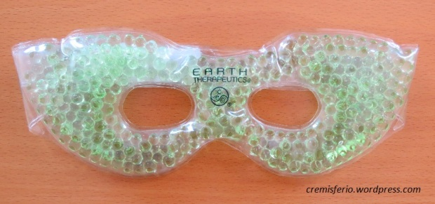 EARTH TERAPEUTICS Soothing beauty mask